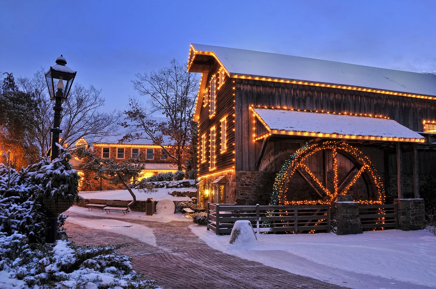 Peddler's Village at the Holidays